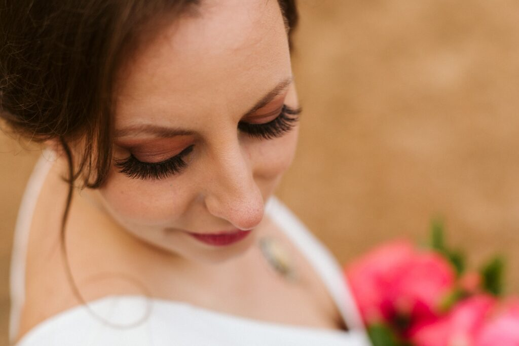 Bridal smoky eyes for this Texas wedding - La Muse Beauty Salon
